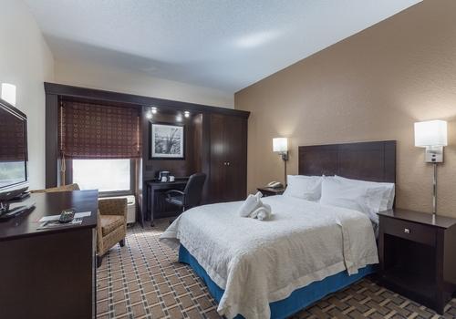 Brandon Center Hotel