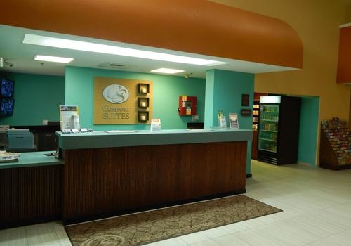 Comfort Suites Tampa – Brandon