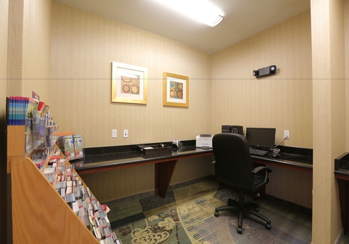 Holiday Inn Express Tampa North – Telecom Park