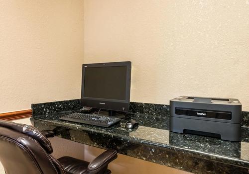 Comfort Suites Near Raymond James Stadium