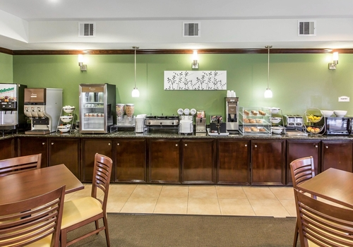 Sleep Inn Amp Suites Bush Intercontinental Iah East Groople