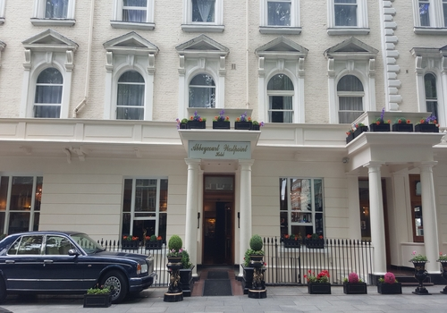 Abbey Court Hotel